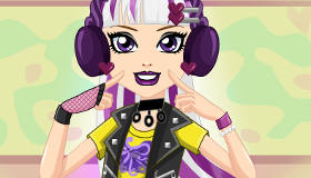 Melody Piper Dress Up
